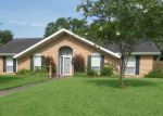 Foreclosed Home en HIGHLAND DR, Lafayette, LA - 70506