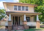 Foreclosed Home en W ASH ST, Salina, KS - 67401