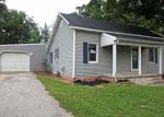Foreclosed Home en PLUM ST, Saint Francisville, IL - 62460