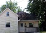 Foreclosed Home en E JOHNSON ST, Clinton, IL - 61727