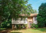 Foreclosed Home en WARMAR RD, Ruckersville, VA - 22968