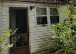 Foreclosed Home en ROYDEN ST, Camden, NJ - 08103
