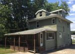 Foreclosed Home en PALO ALTO DR, Ellwood City, PA - 16117