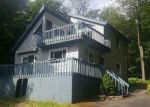 Foreclosed Home en EMERALD AVE, Gouldsboro, PA - 18424