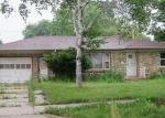 Foreclosed Home en N 69TH ST, Milwaukee, WI - 53218