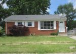 Foreclosed Home en LIVERMORE LN, Elyria, OH - 44035
