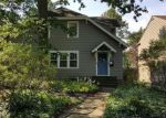 Foreclosed Home en DERBYSHIRE RD, Cleveland, OH - 44106