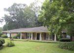 Foreclosed Home in RIVER THAMES RD, Jackson, MS - 39211