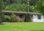 Foreclosed Home en SWEET LICK RD, Irvine, KY - 40336