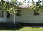 Foreclosed Home en HACKBERRY LN, Shepherdsville, KY - 40165