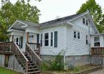 Foreclosed Home en N SHORE DR, Moline, IL - 61265