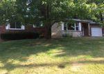 Foreclosed Home en EDWARDS ST, Alton, IL - 62002