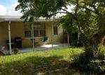 Foreclosed Home en E MAIN ST, Mims, FL - 32754