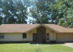 Foreclosed Home en FLAMETREE DR, Bryant, AR - 72022