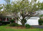 Foreclosed Home en W GATEWAY CIR, Plainfield, IL - 60585