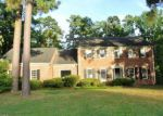 Foreclosed Home en RADBROOK DR, Greensboro, NC - 27406