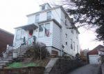 Foreclosed Home en LOGAN AVE, Bronx, NY - 10465