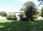 Foreclosed Home en ROUN AVE, Williamstown, NJ - 08094