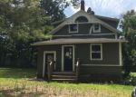 Foreclosed Home en GROVE ST, Putnam, CT - 06260