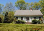 Foreclosed Home en LITTLE RIVER LN, Canterbury, CT - 06331