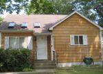 Foreclosed Home en ROOT AVE, Central Islip, NY - 11722