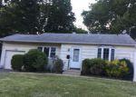 Foreclosed Home in CLARISSA DR, Bay Shore, NY - 11706