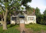 Foreclosed Home en ENGLEWOOD DR, Manchester, CT - 06042