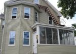 Foreclosed Home en EASTWOOD AVE, Providence, RI - 02909
