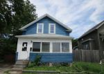 Foreclosed Home en ALLEN AVE, Riverside, RI - 02915