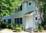 Foreclosed Home en ELMCREST TER, Norwalk, CT - 06850