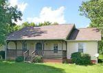 Foreclosed Home en W RAILROAD ST, La Moille, IL - 61330