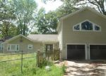 Foreclosed Home en HOOVER RD, Oakdale, IL - 62268