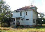 Foreclosed Home en W PRAIRIE RD, Freeport, IL - 61032