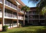 Foreclosed Home en BLUE HERON DR, Hallandale, FL - 33009