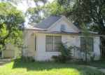 Foreclosed Home en N VERMILLION ST, Howard, SD - 57349