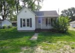 Foreclosed Home en N COURT ST, Tuscola, IL - 61953