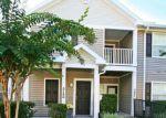 Foreclosed Home en OAKLEAF PLANTATION PKWY, Orange Park, FL - 32065