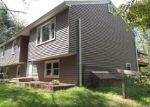 Foreclosed Home en MILL HILL RD, Colchester, CT - 06415