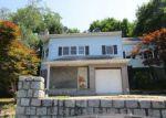 Foreclosed Home en SEMINOLE AVE, Lincoln Park, NJ - 07035