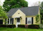 Foreclosed Home en BEDFORD AVE, East Hartford, CT - 06118