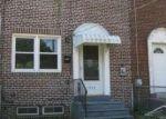 Foreclosed Home en COLLINGS RD, Camden, NJ - 08104