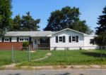 Foreclosed Home in FERNGLEN AVE, Glen Burnie, MD - 21061