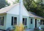 Foreclosed Home en E MONROE ST, Cuba, IL - 61427