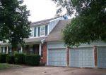 Foreclosed Home en E 107TH TER, Kansas City, MO - 64131
