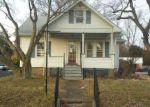 Foreclosed Home en EXTON AVE, Trenton, NJ - 08610