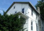 Foreclosed Home en S MAIN ST, Taylor, PA - 18517