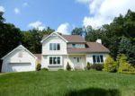 Foreclosed Home en RAINBOW TER, Effort, PA - 18330
