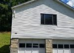 Foreclosed Home en UPPER ROCK CREEK RD, Rock Creek, WV - 25174
