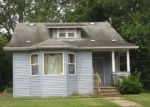 Foreclosed Home en WALNUT ST, Dowagiac, MI - 49047