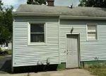 Foreclosed Home en RITA AVE, Lansing, MI - 48910